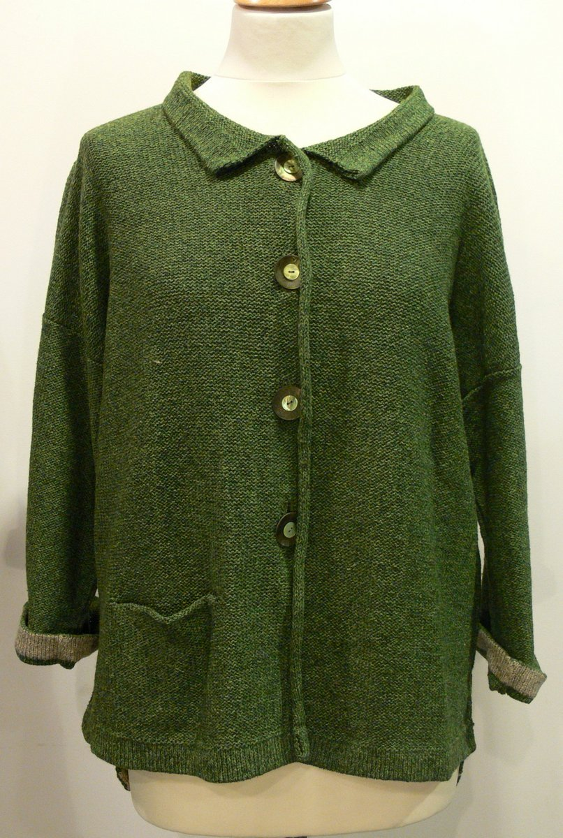 Aretha Medium Jacket in fern/biscuit. Knitted in silk/lambswool yarn, designed and made in Orkney.