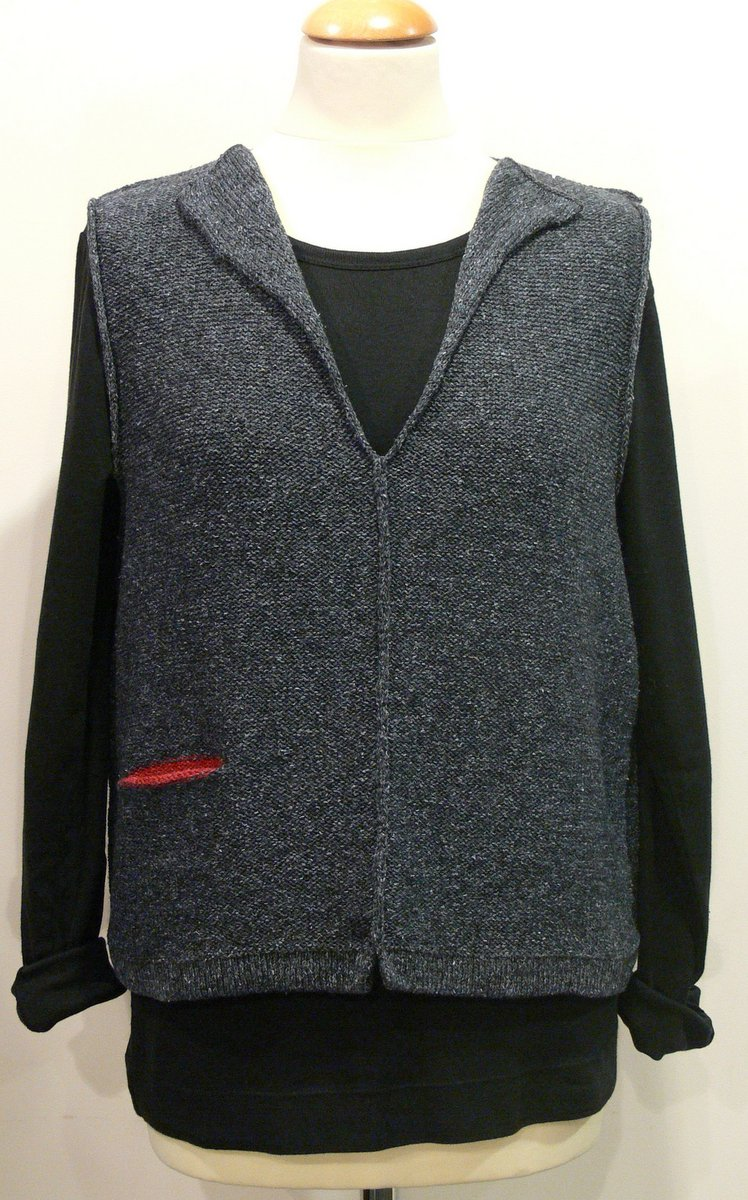 Carousel Short Gilet in indigo/poppy, knitted in silk/lambswool yarn, desgned and made in Orkney