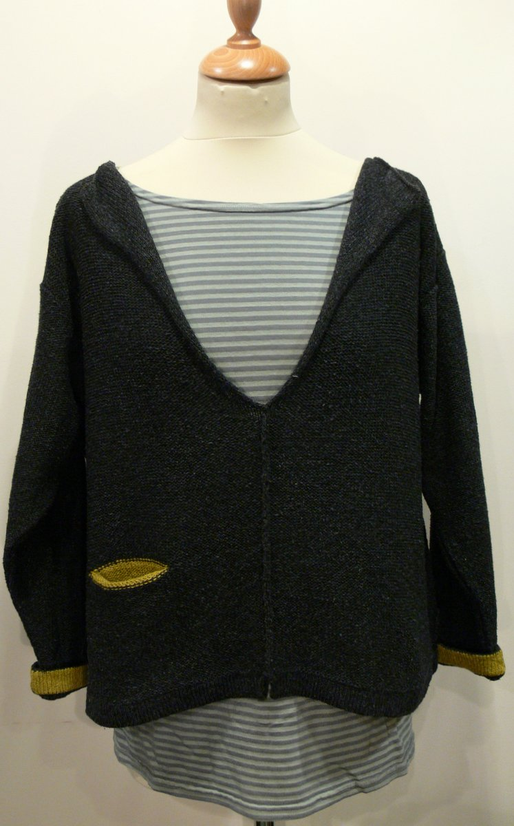 Carousel Short Tunic in graphite/sap knittted in silk/lambswool, designed and made in Orkney