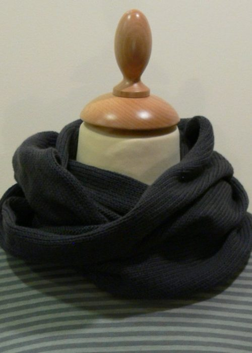 Quernstone slate grey loop scarf, knitted in 90% superfine wool, 10% cashmere.