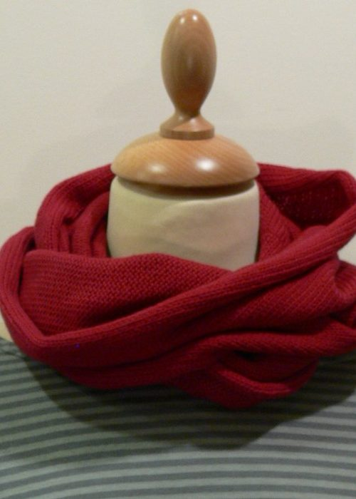 Quernstone cerise loop scarf, knitted in 90% superfine wool, 10% cashmere.
