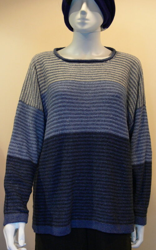Strata medium tunic in bluebell/midnight/delft/ivory knitted in silk/lambswool